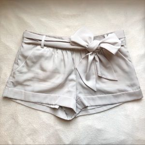 Express Front Tie Bow Shorts